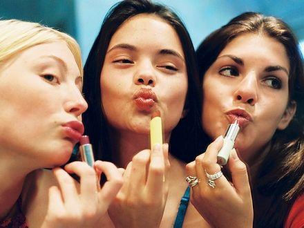 Antykoncepcja hormonalna dla nastolatek?