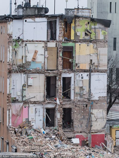 Poznań. Kamienica po eksplozji