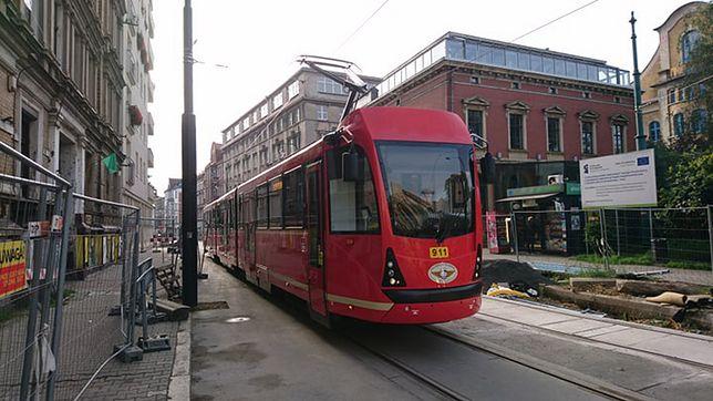 Tramwaje wróciły na Katowicką w Bytomiu. Prace na ulicy jednak wciąż trwają