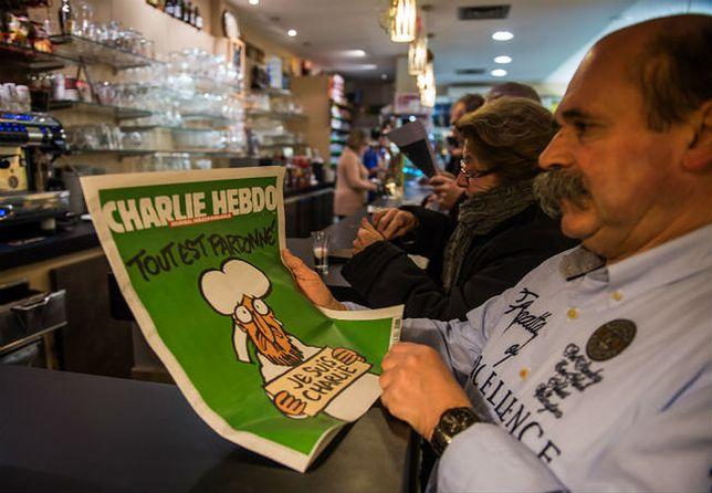 """Nowe karykatury Mahometa w """"Charlie Hebdo"""". Jak zareagują muzułmanie?"""