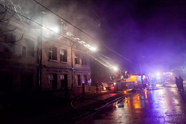 Wyjątkowo tragiczna noc - w pożarach zginęło 8 osób