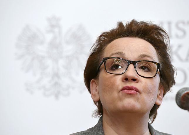 """Reformie oświaty Anny Zalewskiej Polacy mówią """"nie"""""""