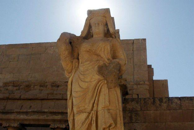 Państwo Islamskie niszczy starożytną Hatrę
