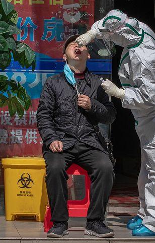 Władze Wuhan przetestują 12 milionów mieszkańców na koronawirusa.