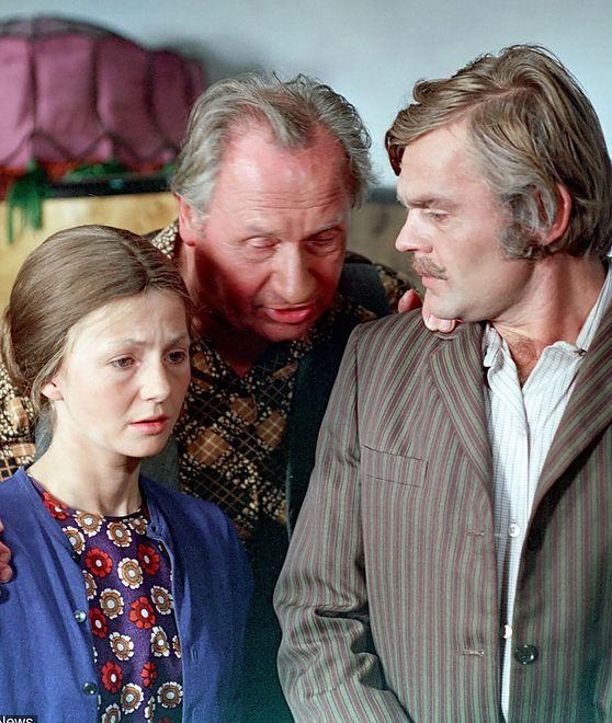 """Naprawdę była ''filigranowym blond bóstwem z talią osy''. Ilona Kuśmierska do roli w """"Samych swoich"""" musiała mocno zbrzydnąć"""