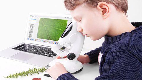Dwa modele cyfrowych mikroskopów Infinoptix dla dzieci i młodzieży