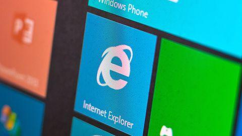 Upadek Internet Explorera. Tę przeglądarkętrudno będzie uratować, gdy Chrome zgarnia wszystko