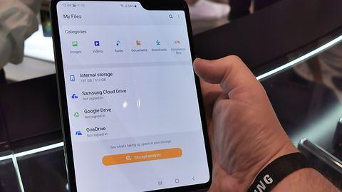 Samsung Galaxy Fold. Składany smartfon wyprzedał się w 15 minut