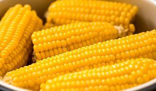 Jak prawidłowo ugotować kukurydzę? Sposób na meksykański specjał