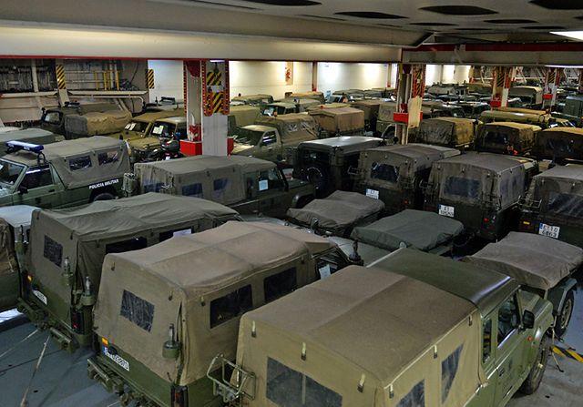 Przerzucili do Polski ponad 500 sztuk sprzętu wojskowego