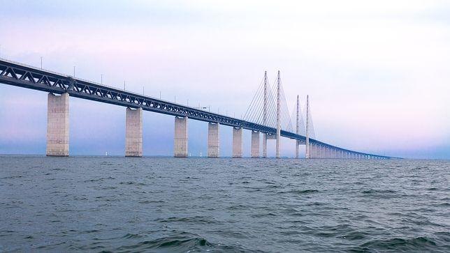 Most nad Sundem został zamknięty
