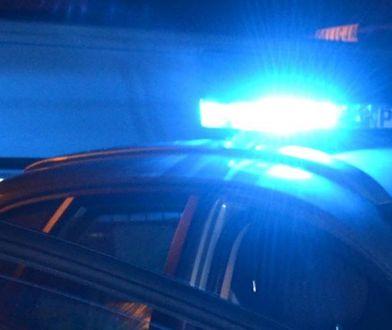 Nocny pościg w Zborowie. Policja szuka 2 mężczyzn