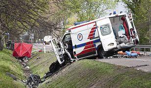 Bydlino. Wypadek na DK21 z udziałem karetki. Są ofiary