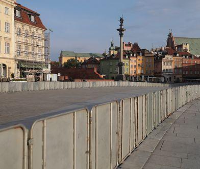 Miesięcznica inna niż wszystkie. Zmiany na Krakowskim Przedmieściu