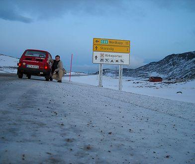 1000 dni na Nordkapp - wywiad z Polakiem, który podróżuje Maluchem po Skandynawii