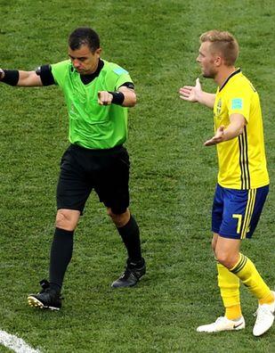 Brutalny mecz Szwedów z Koreańczykami! O jeden faul za dużo