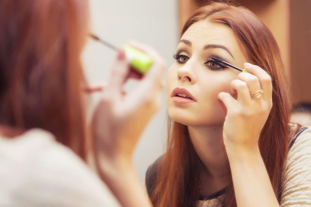 Makijaż na studniówkę, który wykonasz samodzielnie