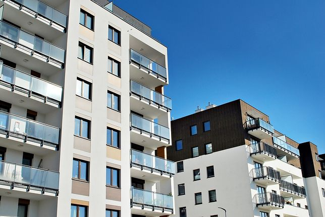 Parterowe mieszkania są znacznie tańsze? Zobacz wnioski ekspertów