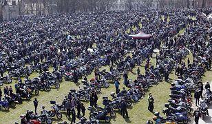 Częstochowa. Otwarcie sezonu motocyklowego w cieniu pandemii. Tłumy na mszy