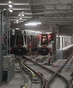 Metro Warszawskie. Wypadek na stacji Politechnika. Pociągi kursują na skróconej trasie