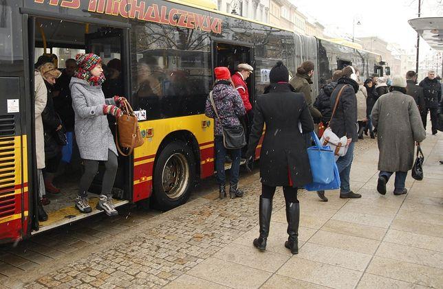 Autobus linii 200 zakończył kurs o wiele wcześniej, niż wynikało z rozkładu jazdy