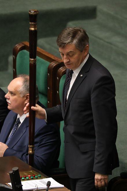 Marek Kuchciński pokazał kobietom ich miejsce.
