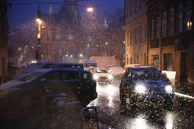 W Krakowie spadło sporo śniegu