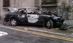 Brutalny atak na samochód TVP w Dublinie!