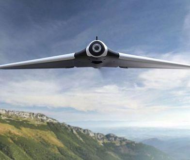 Testujemy wyjątkowego drona, który pozwala wcielić się w pilota. Albo ptaka