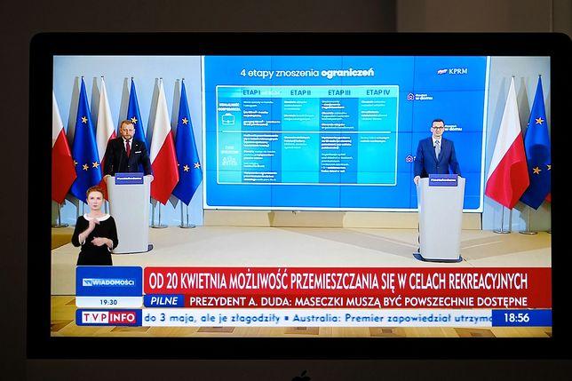 Premier i minister zdrowia podczas konferencji prasowej zapowiedzieli powolne zdejmowanie od 20 kwietnia obostrzeń obowiązujących w związku z epidemią koronawirusa.