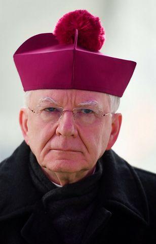 Abp Jędraszewski: ataki na kościoły były bolesne dla większości Polaków