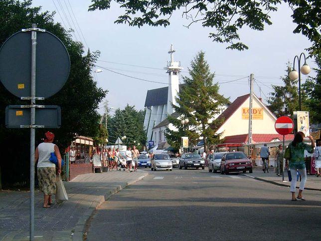 Koronawirus w Polsce. Rewal. 50 turystów ośrodka wczasowego objętych kwarantanną