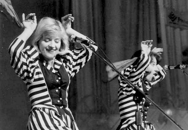 Barbara (po lewej) i Maria Winiarskie były nierozłączne w życiu i na scenie