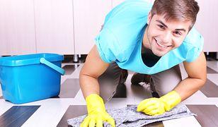 Praca na wakacje dla najmłodszych. Kiedy i gdzie mogą pracować nieletni?