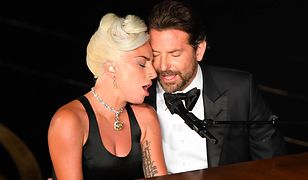 """Lady GaGa i Bradley Cooper wykonują """"Shallow"""" podczas oscarowej gali"""