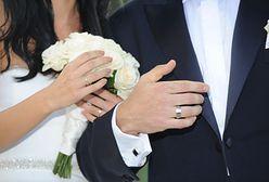Mąż zarządza ciałem żony? Katoliccy youtuberzy o seksie po ślubie