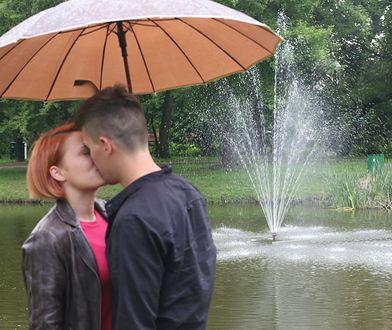 Niektóre pary skrupulatnie dzielą się kosztami randki