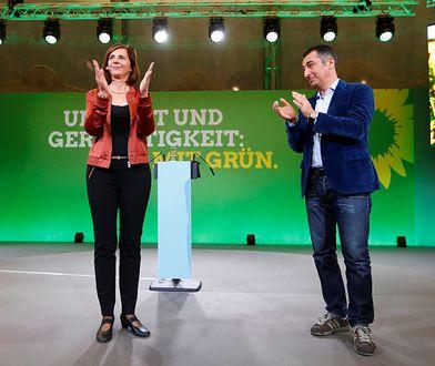 Liderzy Zielonych Katrin Goering-Eckhardt i Cem Ozdemir