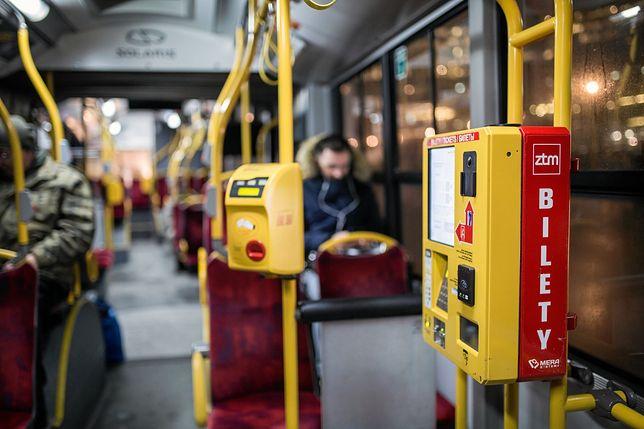 Warszawa. Wprowadzono zmiany w kasowaniu biletów kupionych przez aplikacje