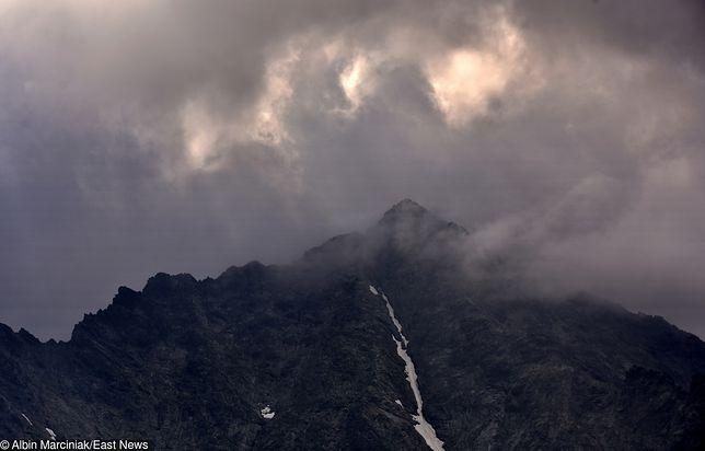 Tatry. Burza w górach. Pogoda miała być stabilna