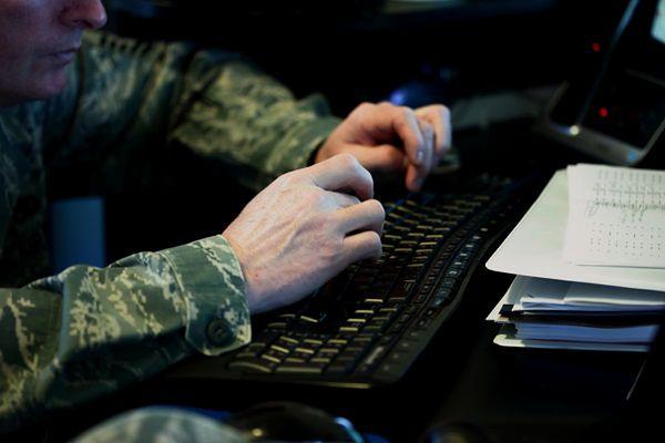 Brytyjska armia tworzy brygadę wojowników Facebooka