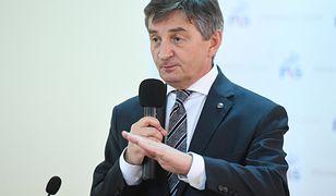 Marszałek Sejmu Marek Kuchciński uspokaja, że rząd robi wszystko, aby znaleźć rozwiązanie ws. protestujących w Sejmie rodziców osób niepełnosprawnych
