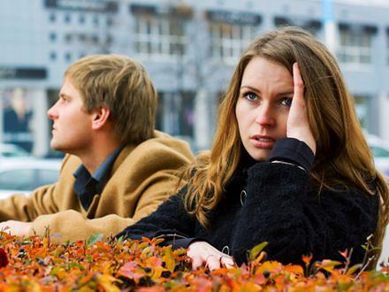 Reakcje na raka: mężczyźni wkurzeni, kobiety analizują