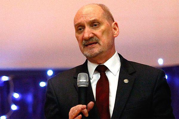 Prof. Paweł Artymowicz w liście otwartym krytykuje prof. Wiesława Biniendę