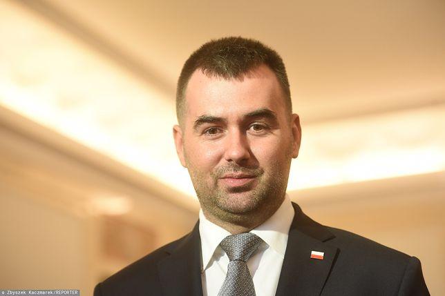 """Rzecznik Andrzeja Dudy: """"To Sejm wybiera sędziów TK. Prezydent odbiera przysięgę"""""""
