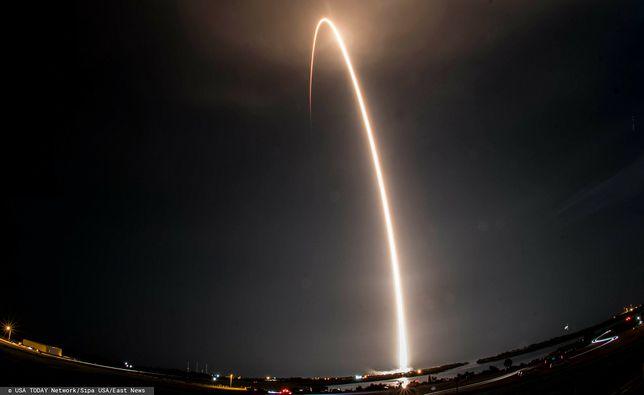 Satelity Starlink zostały wyniesione na orbitę za pomocą rakiety Falcon 9