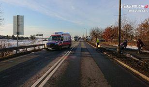 Tarnowskie Góry. Śmierć na drodze. 24-latek zginął potrącony przez ciężarówkę