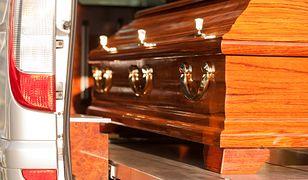 Meksyk. 40-letni mężczyzna ukradł karawan z trumną