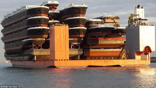 Gigant jest w stanie przewozić kilkanaście statków jednocześnie