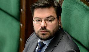 Stanisław Tyszka wzywa Prezydium Sejmu do debaty. Wśród proponowanych tematów - alkohol w gmachu przy Wiejskiej